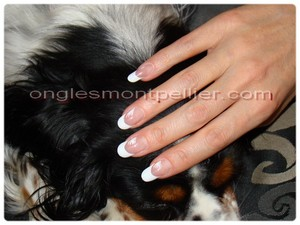 Pose faux ongles gel french ultra blanche d�co gel blanc r�duite