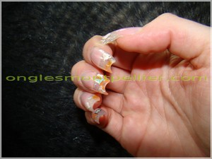 pose faux ongles gel déco printemps