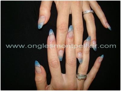 french r�sine d�grad� bleu et gris reduite