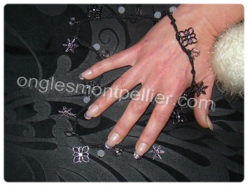 faux ongles dans tattoo pictures to pin on pinterest. Black Bedroom Furniture Sets. Home Design Ideas