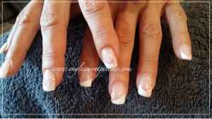 pose faux ongles gel uv french biseautée p