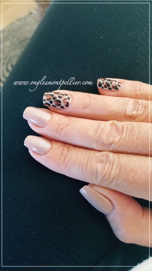 pose gel uv leopard P