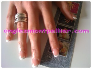 pose faux ongles french r�duite
