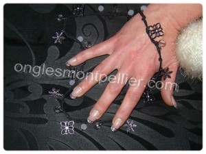 pose faux ongles gel french paillettes argent�es r�duite